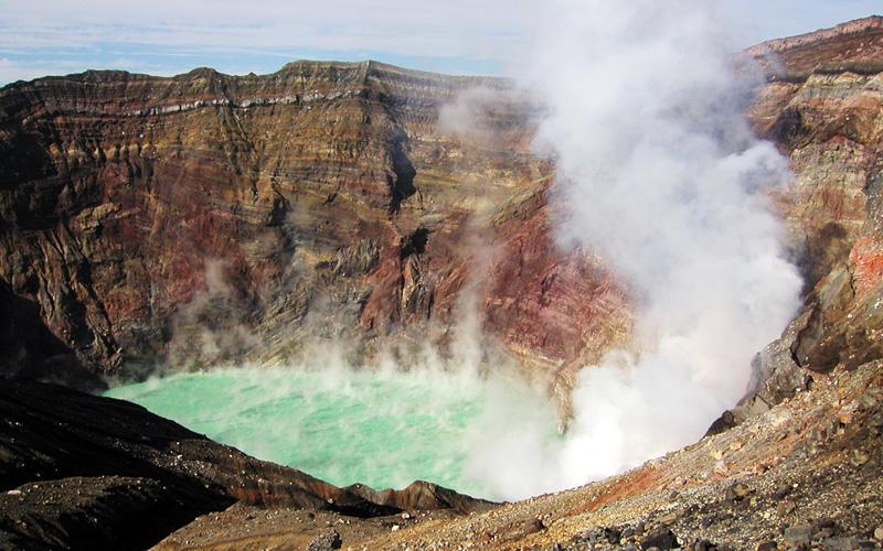 「阿蘇火山口」的圖片搜尋結果